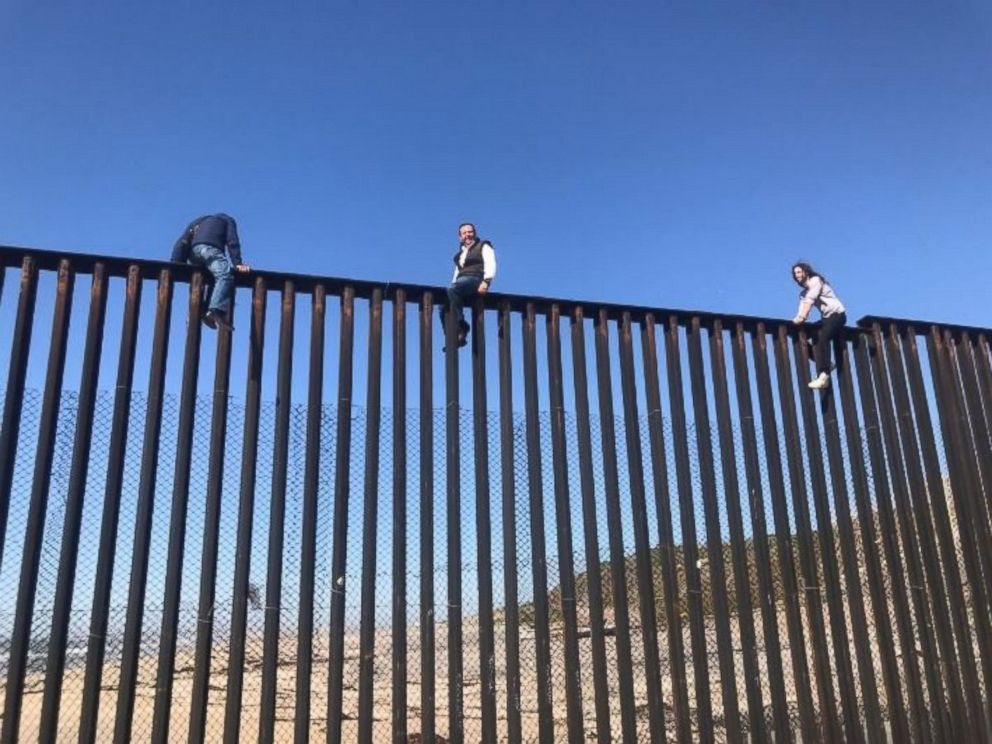 Ineffective US/Mexico border wall