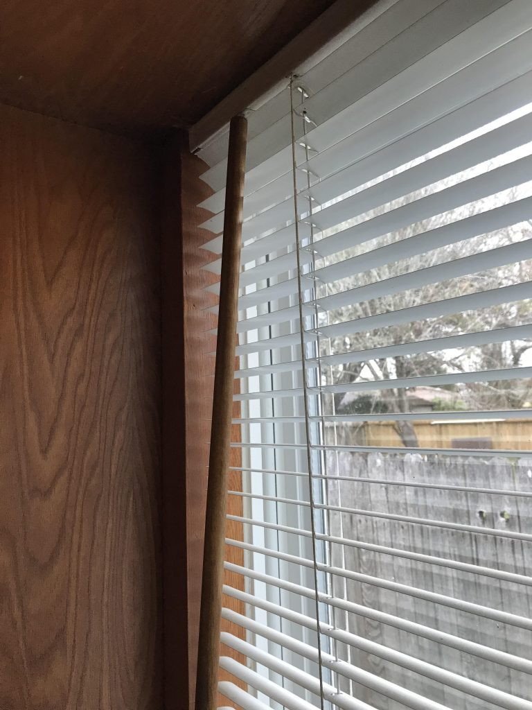 DIY Venetian blinds wand crafting and replacement