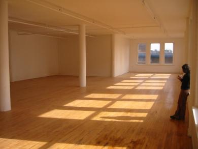 Loft interior with wood floors, photo by cthiemet
