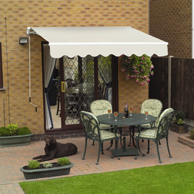 A patio awning and patio furniture; photo courtesy Lilsarahp