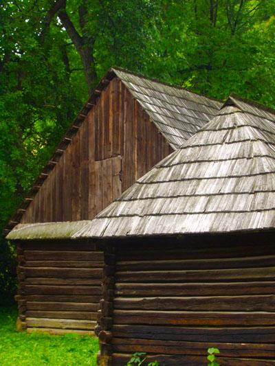 A shake shingle wood roof